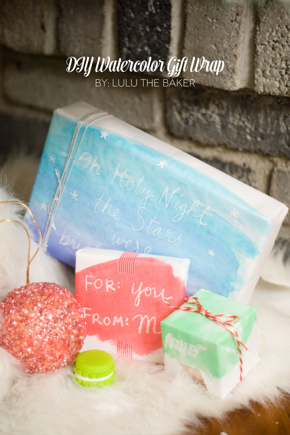 DIY Holiday Gift Wrap Ideas and BannersCreative Juice