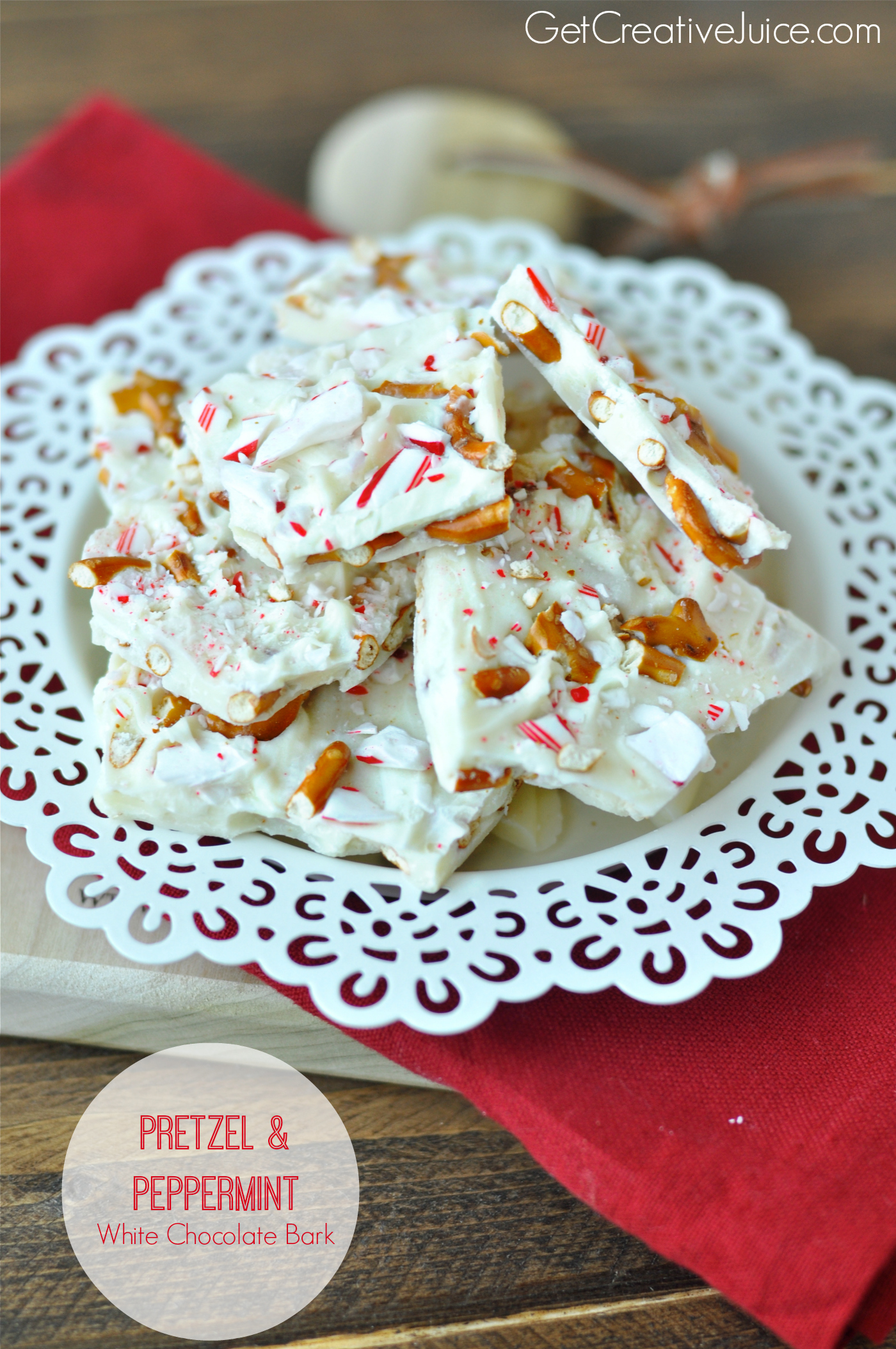 White Chocolate Bark with peppermint and pretzels - Creative Juice