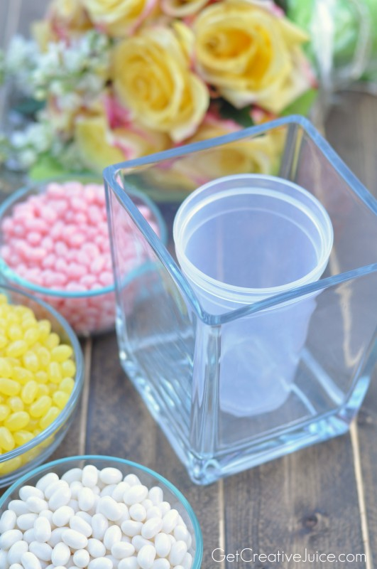 How to create a candy vase with flowers
