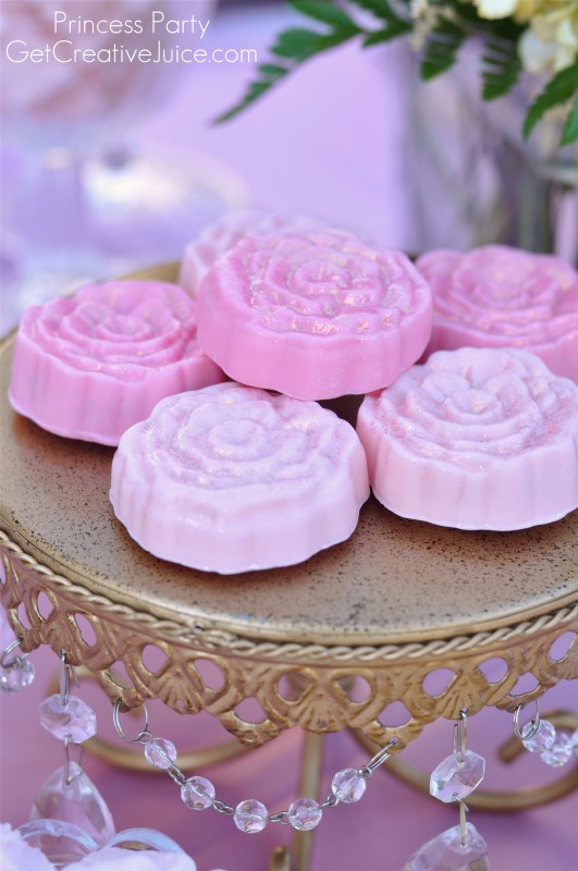 Rose Chocolate Covered oreos for a Princess Party