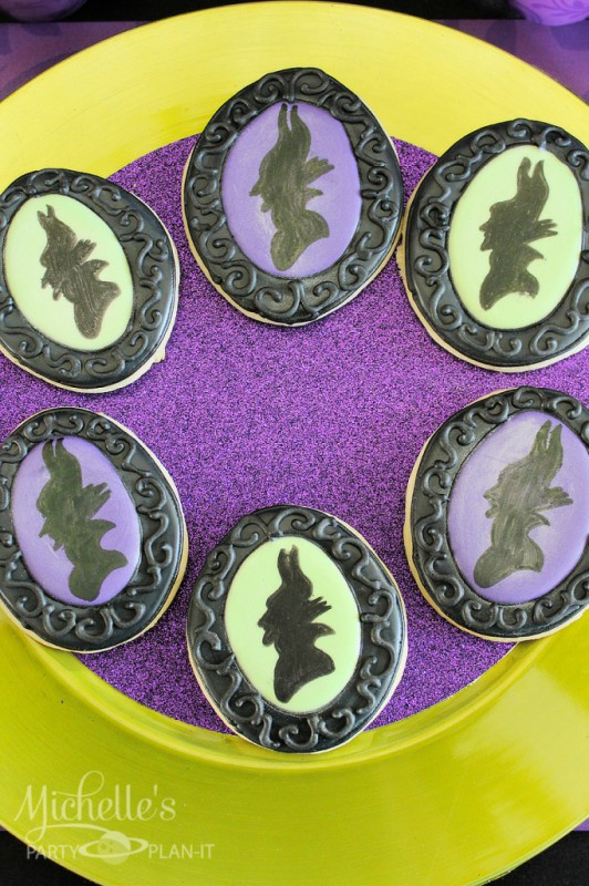 Maleficent party silhouette frame cookies