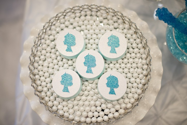 Sparkly Frozen Party, Glitter, Glass, Sparkles, Elsa Silhouette, chocolate covered oreos, pearls