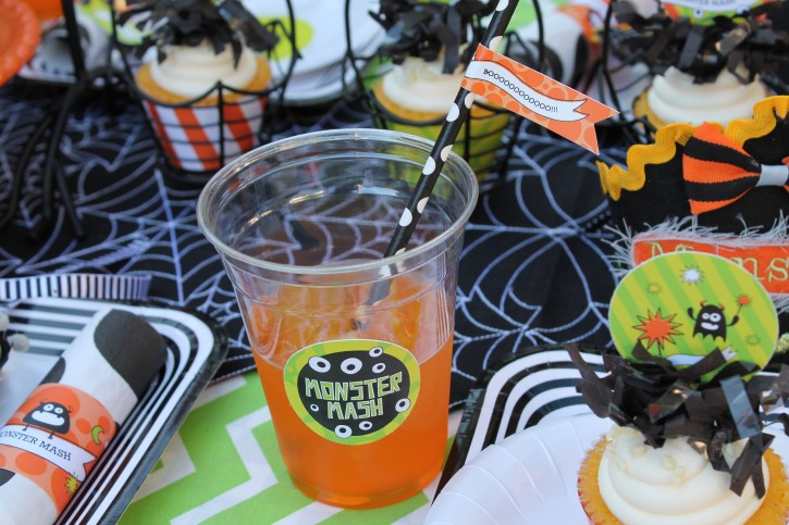 Monster Mash, Halloween, googly eyes, boo, monster juice, polka dot straws, cupcakes, fringe toppers