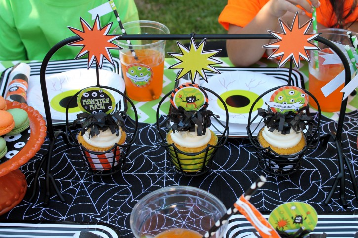 Monster Mash, Halloween, googly eyes, boo, fringe cupcake toppers, cupcake carrier