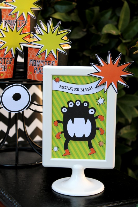 Monster Mash, Halloween, googly eyes, dancing monster, signs