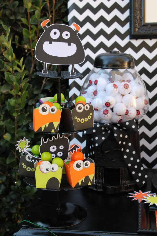 Monster Mash, Halloween, googly eyes, gumball cups, plastic eyes