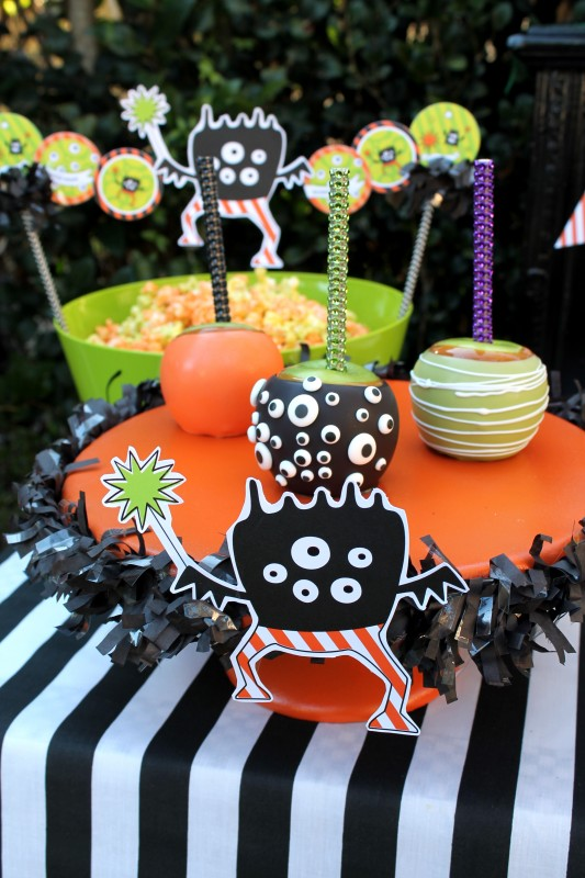 Monster Mash, Halloween, googly eyes, boo, candy apples, banner, bling sticks