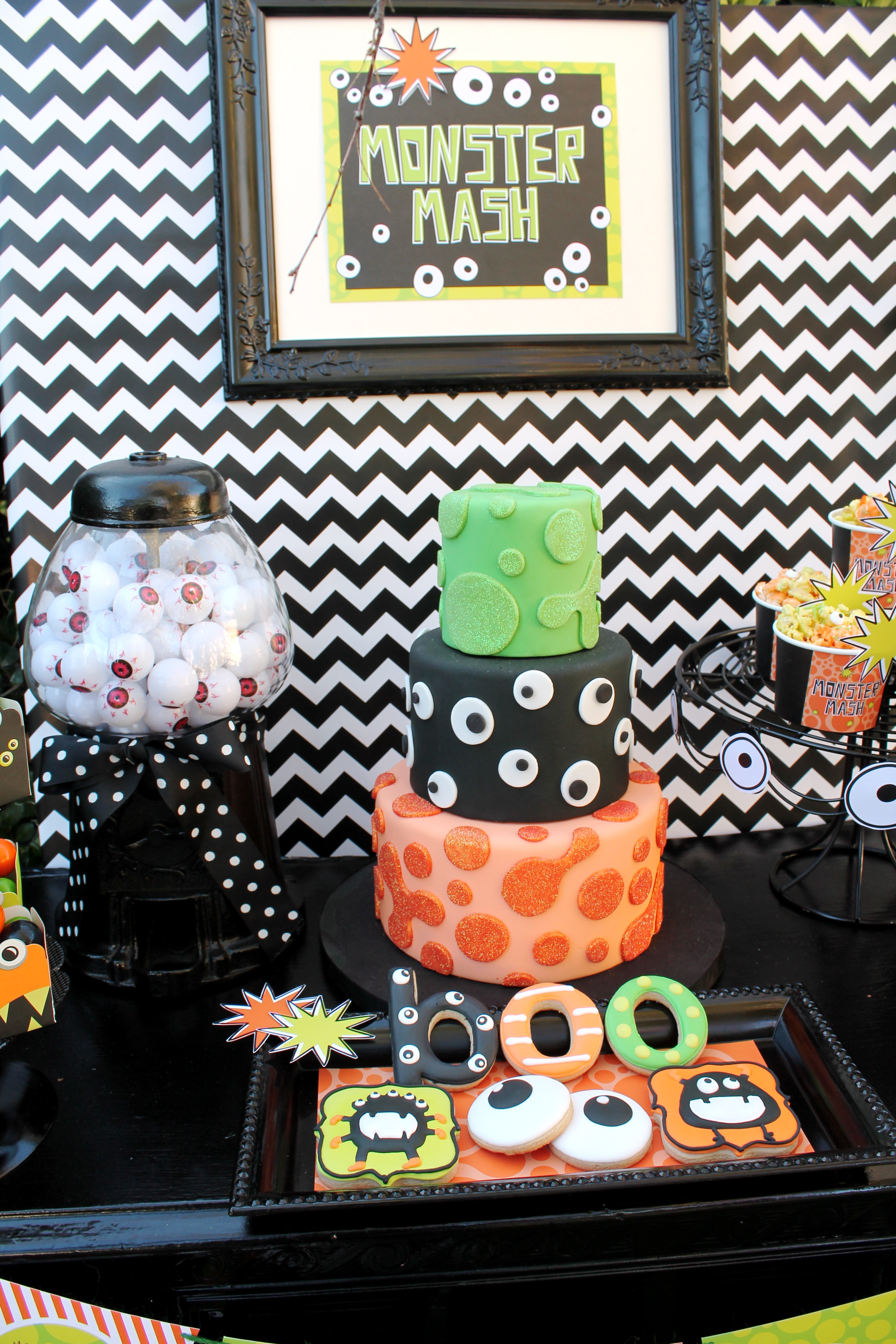 halloween monster mash party - creative juice