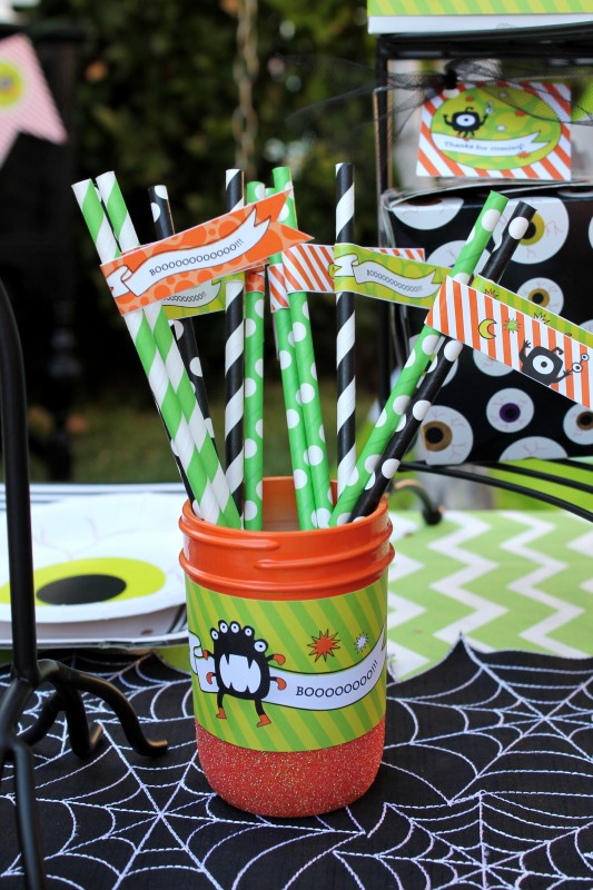 Monster Mash, Halloween, googly eyes, boo, straws, flags, glitter mason jars