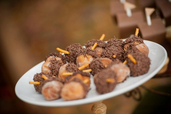 Rustic backyard kids thanksgiving, chocolate candy acorns