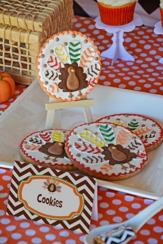 19 Crafty Kids Chevron Thanksgiving, chevron turkey cookies