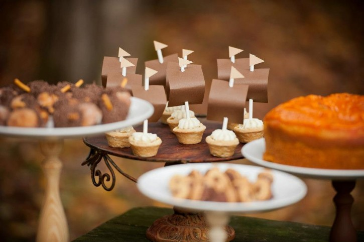 Rustic backyard kids thanksgiving, pumpkin tart ships