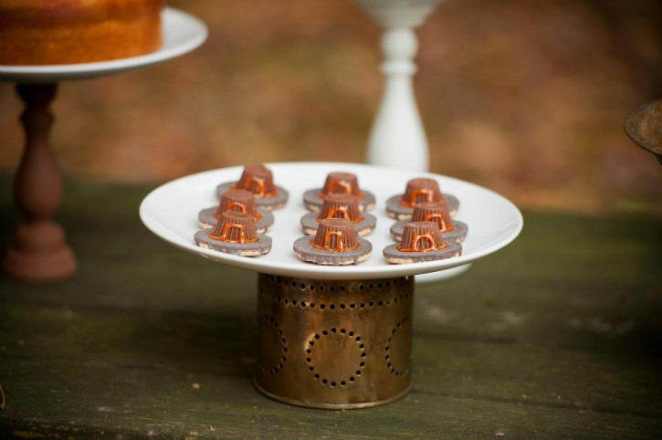 Rustic backyard kids thanksgiving, pilgrim hats with candy and cookies