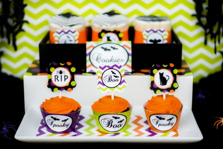 spooktacular halloween party, cupcake wrappers, boo, black cat toppers, orange cupcakes