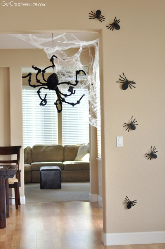 halloween decorations home tour quick and easy ideas. Black Bedroom Furniture Sets. Home Design Ideas