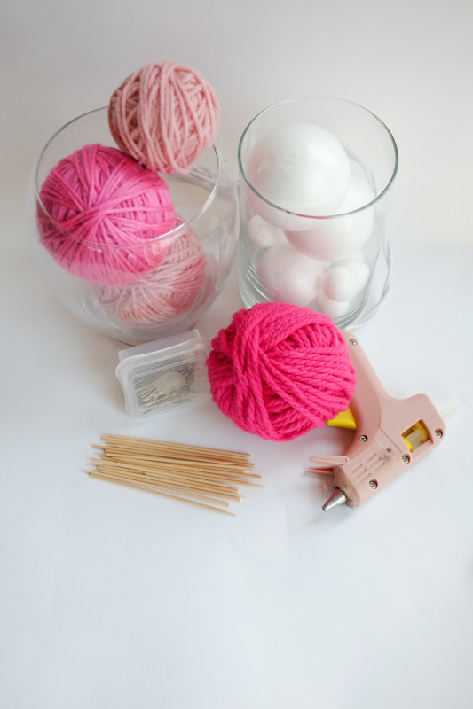 DIY Yarn Ball Number Sign, Supplies Needed