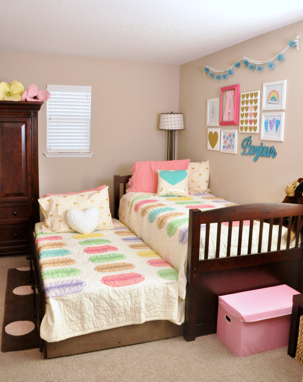 Pink Teal Macaron Amp Heart Themed Girls Room Ideas