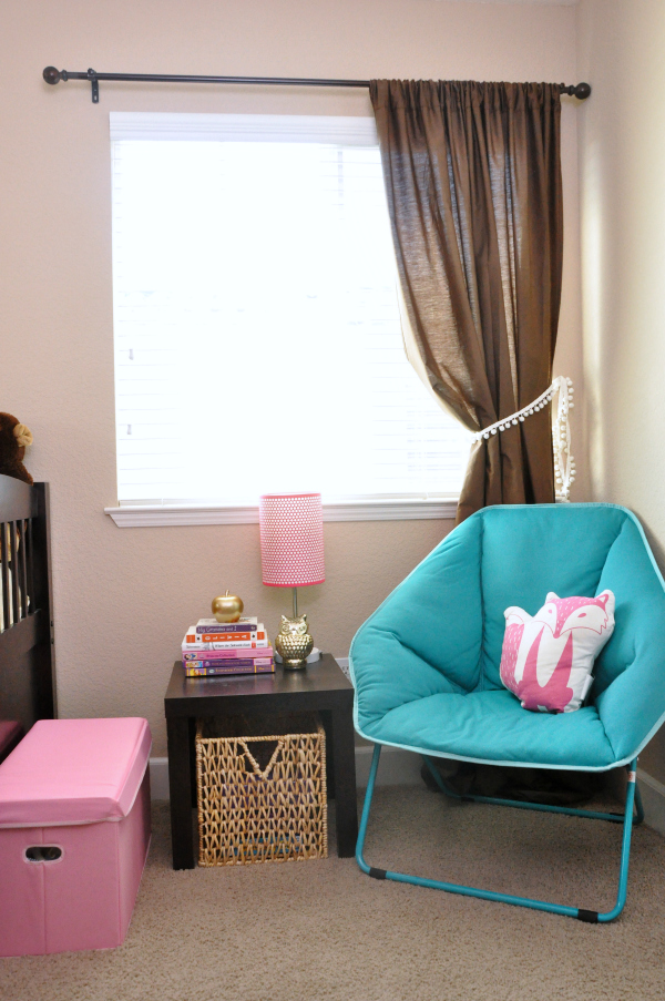 Pink, Teal, Macaron, & Heart Themed Girls Room Ideas Reading Nook