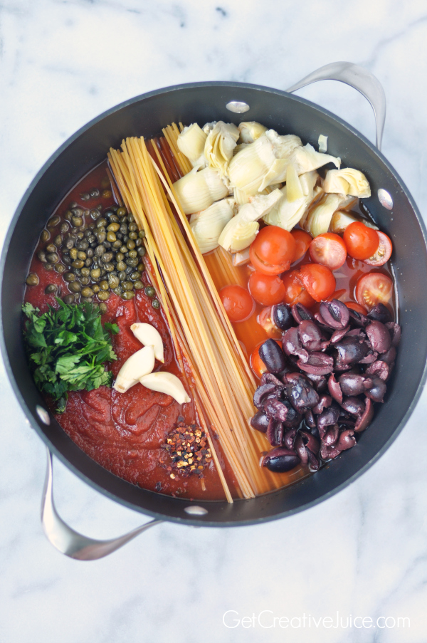 One Pot Pasta Puttanesca - spicy with olives, capers, garlic and ...