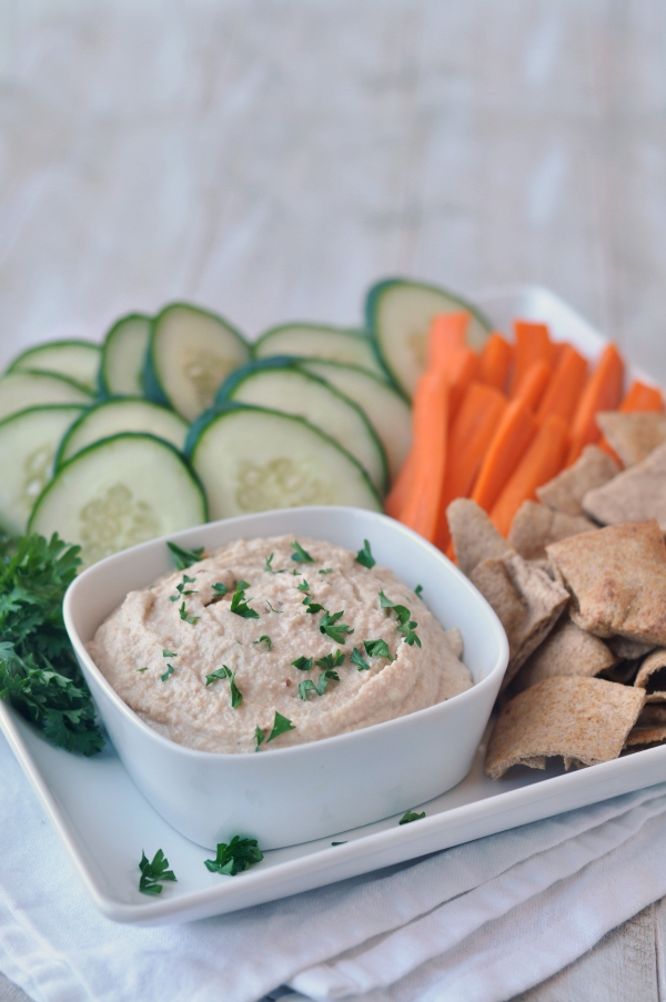 Vegan Spicy Cashew and White Bean Dip