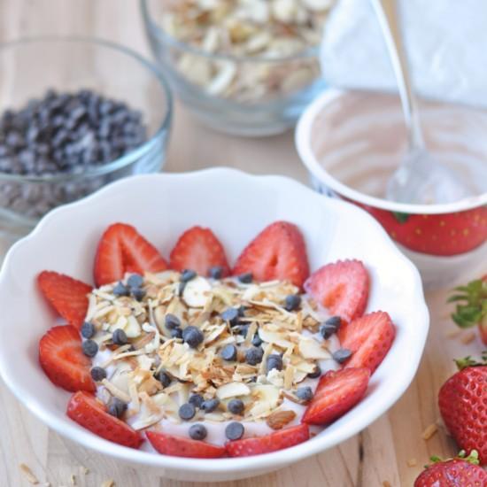 Strawberry 'Yogurt' Bowl – Dairy Free Yogurt Breakfast!